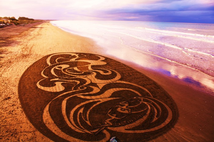 Maori Sand Art at New Brighton Beach