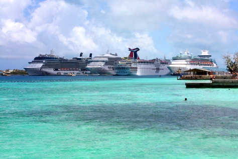 Cruise Ships from Junkanoon Beach